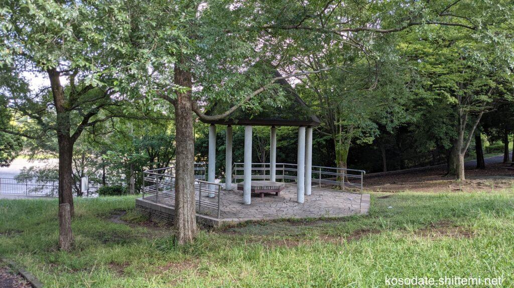 保木公園 東屋