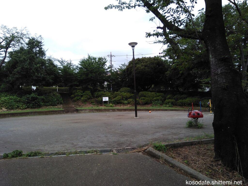 土橋南公園 下段のグラウンド